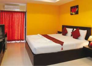 STANDARD DOUBLE or TWIN ROOM (Free one way Airport transport)