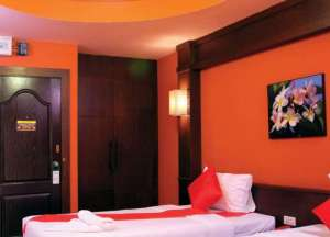 STANDARD DOUBLE or TWIN ROOM (Free two way Airport transport)