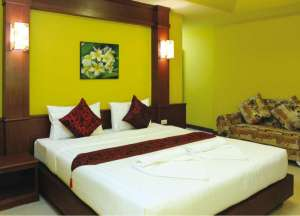 SUPERIOR DOUBLE ROOM (Free two way Airport transport)