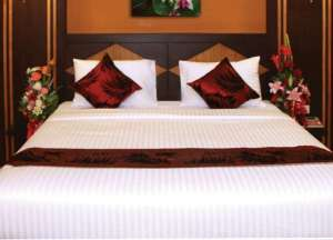 DELUXSUITE DOUBLE ROOM (Free two way Airport transport)